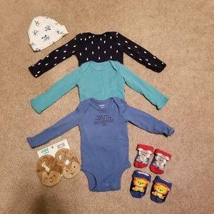 NWOT Newborn Bodysuits